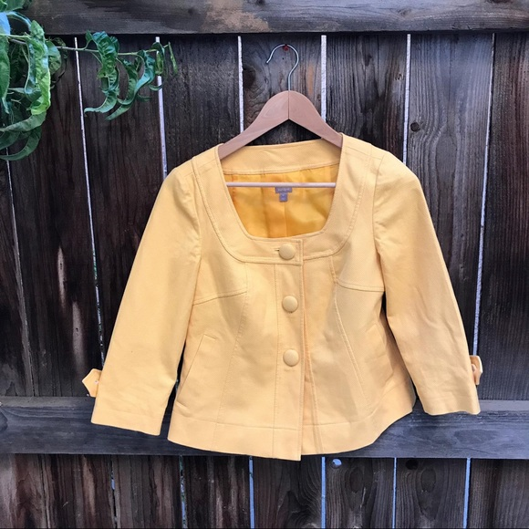 Halogen Jackets & Blazers - YELLOW JACKET SUPER CUTE